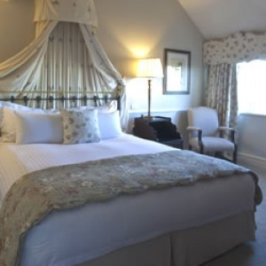 Deluxe Room Bed & Breakfast Package
